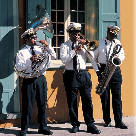 Drei Jazz Musiker auf der Strasse