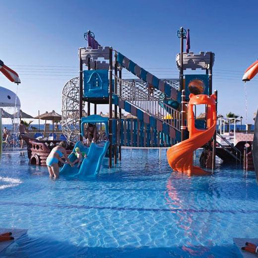 Reisetipp 1: Badespass für gross und klein im Hotel Stella Village auf Kreta