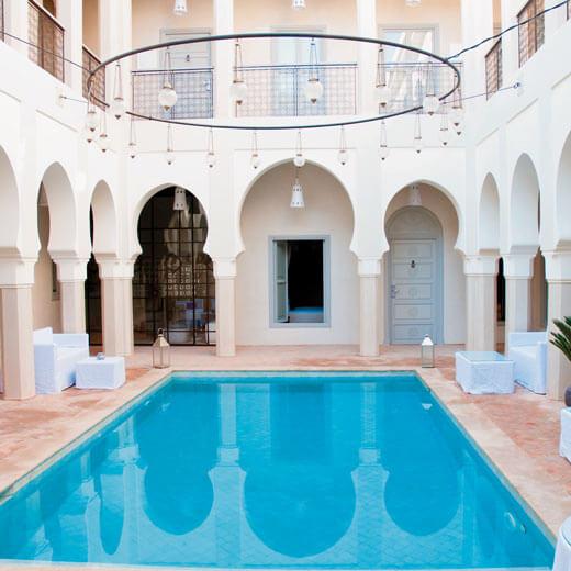 Einer der wunderschönen Innenhöfe des Riad Nashira & Spa