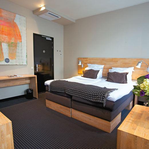 Eines der modernen Zimmer des Hotel Vondel