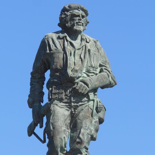 Auch eine grosse Statue von Che Guevara steht in Santa Clara