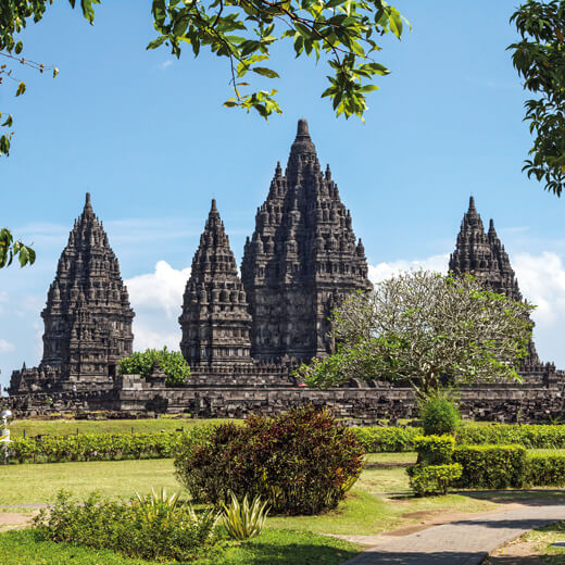 Besichtigt den Prambanan Temple bei Yogyakarta