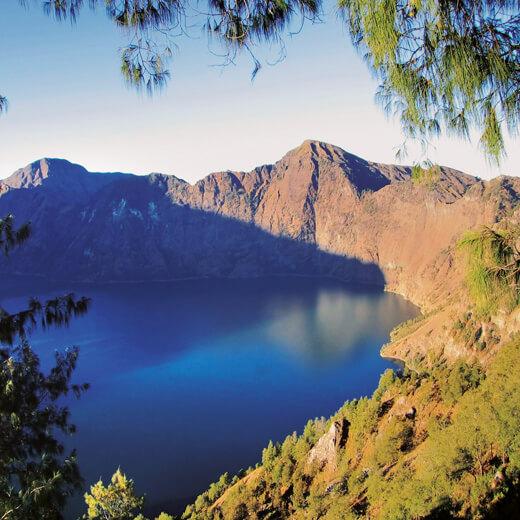 Tolle Aussicht auf den Krater des Rinjani Vulkans