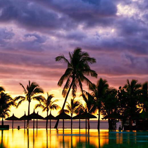 Sonnenuntergänge wie hier auf dem Bild sind keine Seltenheit