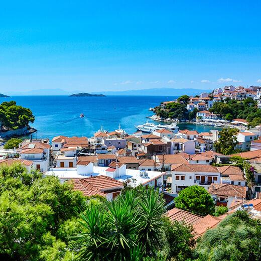 Aussicht über die kleine Insel Skiathos