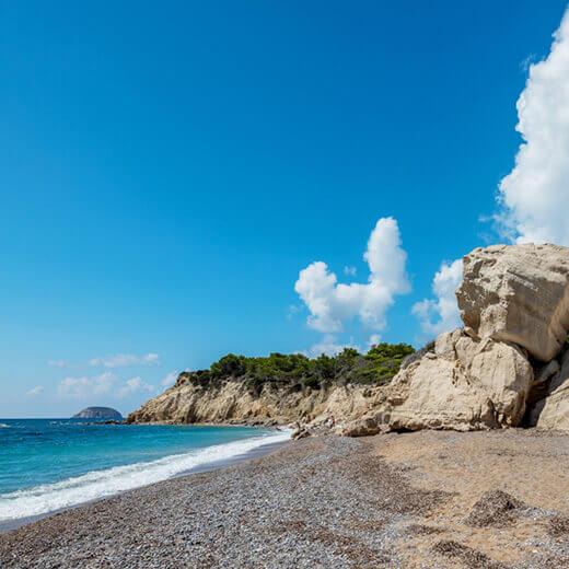 Fourni Beach im Südwesten von Rhodos