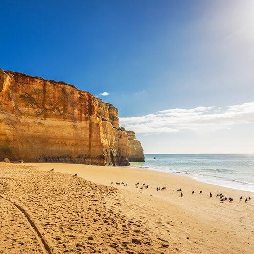 Der schwer zu erreichende Praia do Carvalho Strand