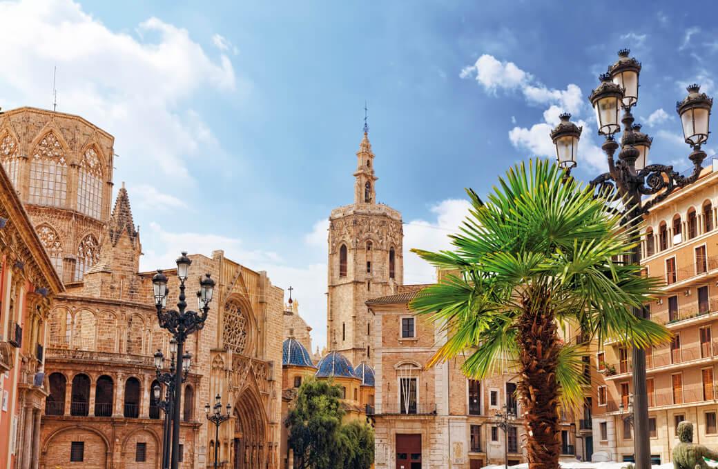 Valencia typisch spanisch oder eine stadt der moderne for Distancia barcelona paris