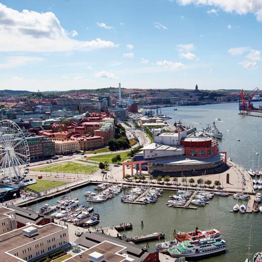 Der Hafen von Göteborg mit dem berühmten Riesenrad