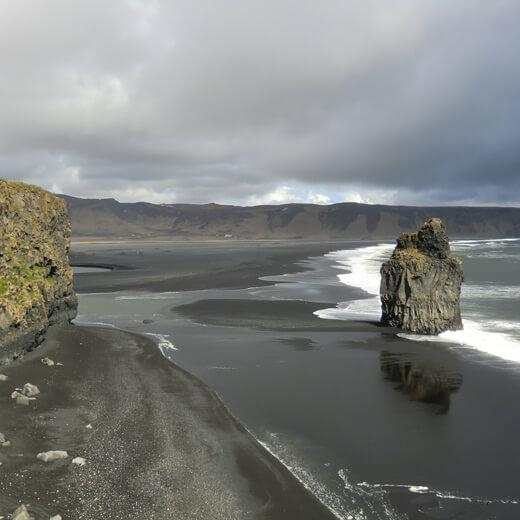 Ausblick über das Dyrolaey National Reservat