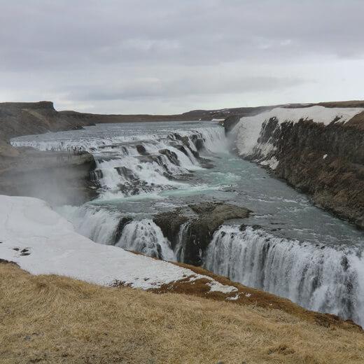 Der majestätische Gullfoss - Wasserfall