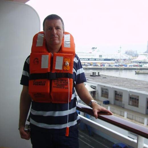 Jürg Meier bei den Rettungübungen