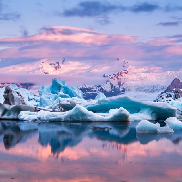 Jökulsárlón, le plus grand lac proglaciaire d'Islande.