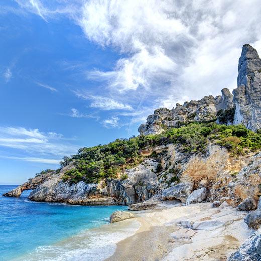 Der Cala Goloritze Strand im Osten von Sardinien