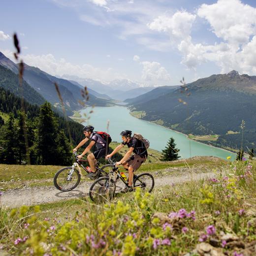 Mountainbikefahren in Tirol