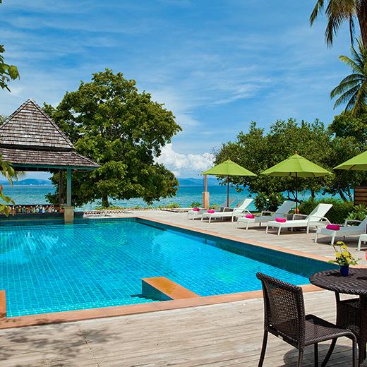 Der Pool des Glow Elixir Koh Yao Yai Hotels