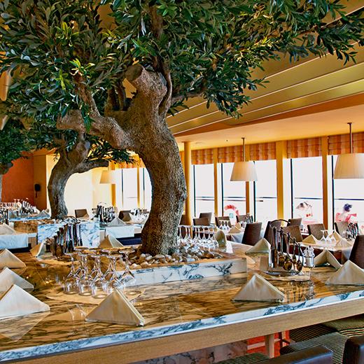 Pour les amateurs de cuisine italienne, il y a le restaurant Bella Vista