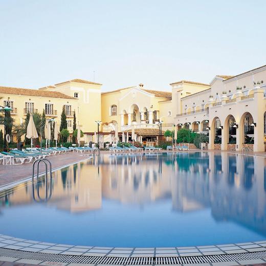 Hotel---pool
