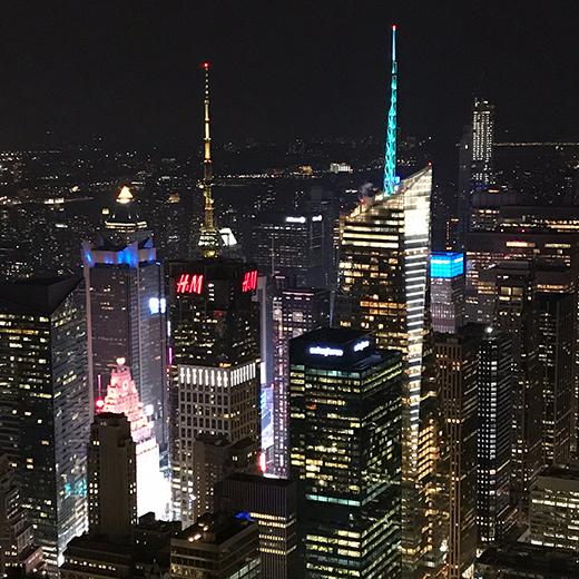 Die Aussicht vom Empire State Building bei Nacht