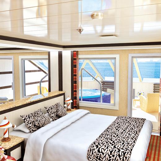 Une belle cabine vue mer et balcon avec bain à remous.
